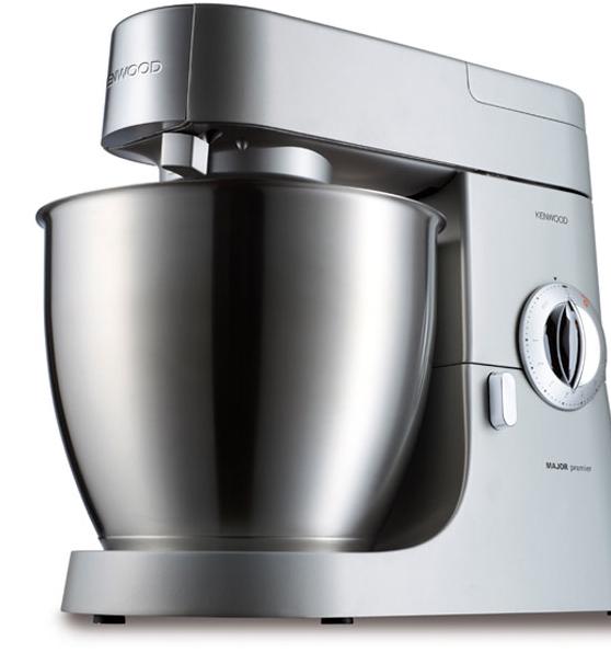 Kenwood Chef Major Premier KMM770 impastatrice, potenza 1.200 watt, capacità 6,7 l, con funzione pulse, e movimento planetario. Prezzo indicativo 450 euro