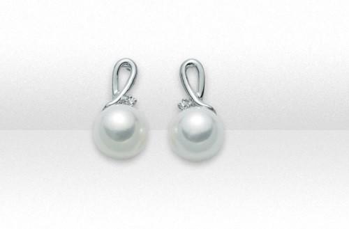 Gioielli Miluna Orecchini in oro bianco con perle e diamanti