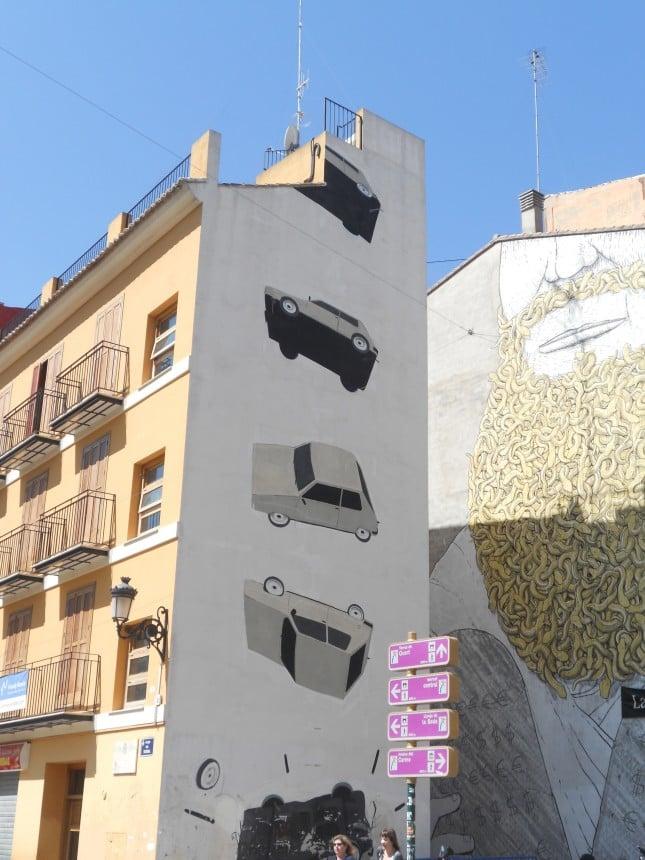 Murales su un palazzo / Barbara
