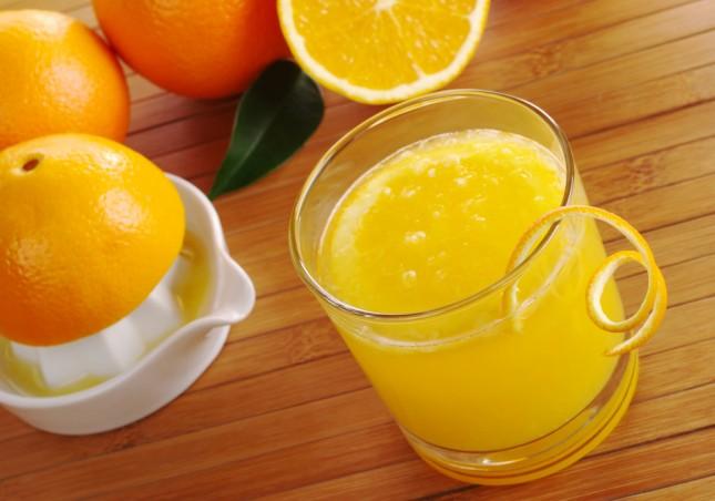 Energia e freschezza con il succo d'arancia