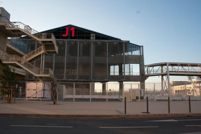Facciata dello spazio culturale J1, ©Sam Merten