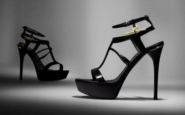 Sandali Burberry Prorsum con plateau anteriore, tacco a stiletto e cinturino alla caviglia