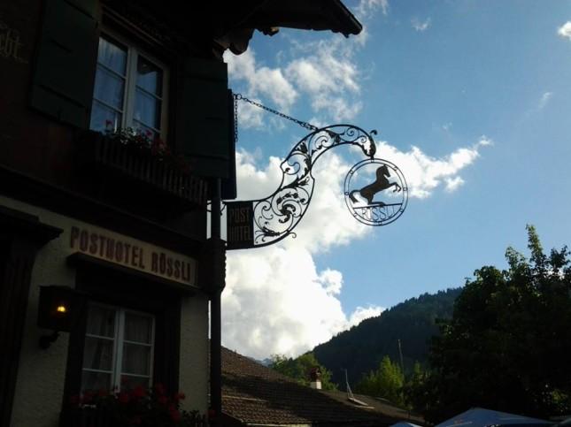 Dettaglio caratteristico nell'architettura locale a Gstaad