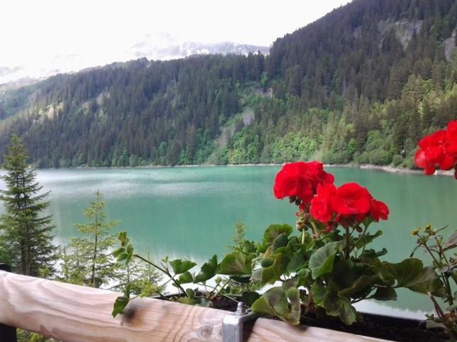 Lago di Arnen in Svizzera nel Canton Berna