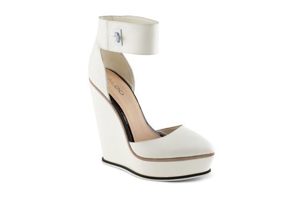 Zeppe bianche con plateau anteriore e fibbia sulla caviglia collezione Aldo