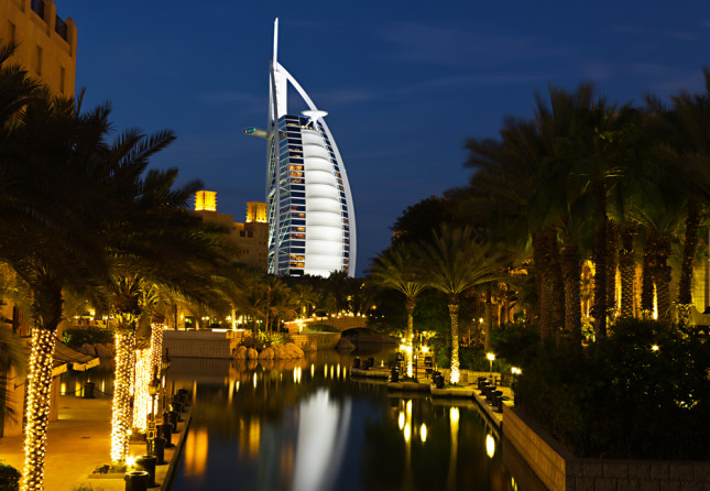 Burj Al Arab, la torre degli arabi, simbolo di Dubai