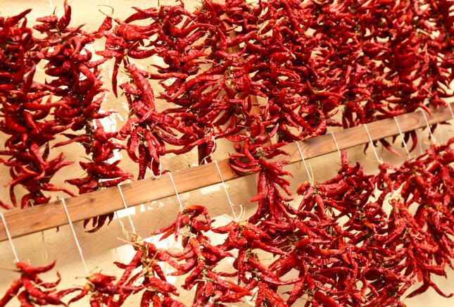 I peperoncini più piccanti si trovano al mercato di Soverato, Calabria