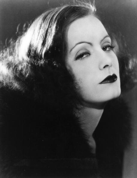 Greta Garbo in posa da diva