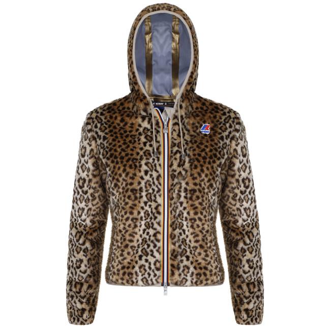 Per un inverno caldo e alla moda in stile K-Way: un modello classico e ironico, fresco e appassionato, con Lily leopardo metti in mostra gli artigli con stile e personalità.