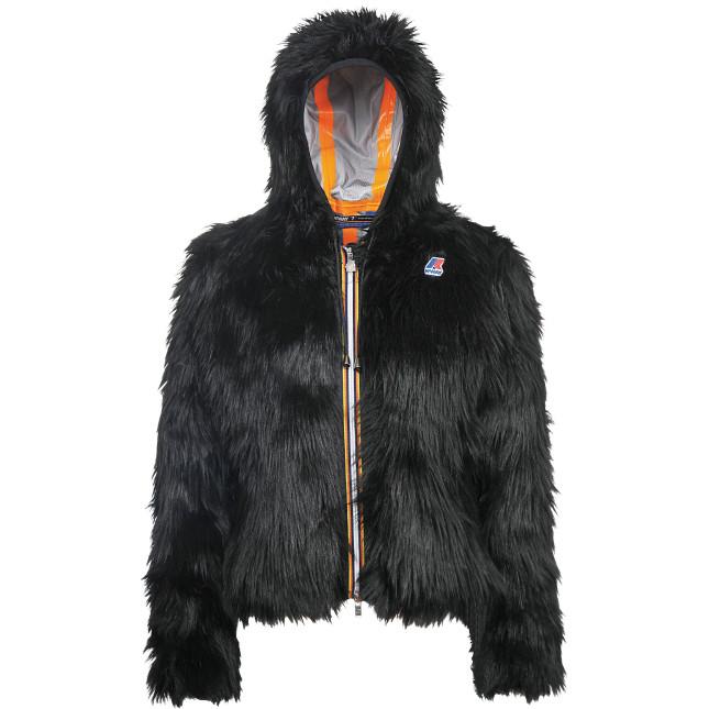 Lily Yeti è la pelliccia ecologica a pelo lungo per chi ama il fascino e l'eleganza di volumi caldi e importanti. Disponibile in nero o bianco.