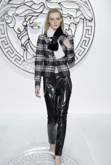 Rock-street: è il tartan di Donatella Versace