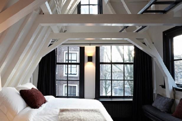 La camera sotto il tetto...