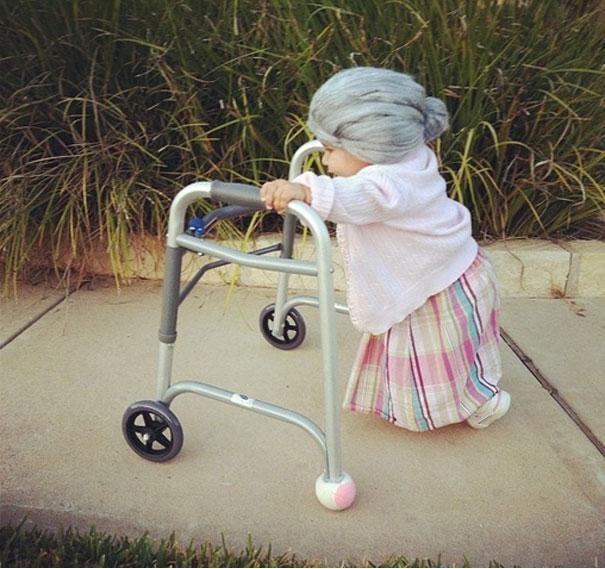 Piccola vecchia signora | costume-works.com