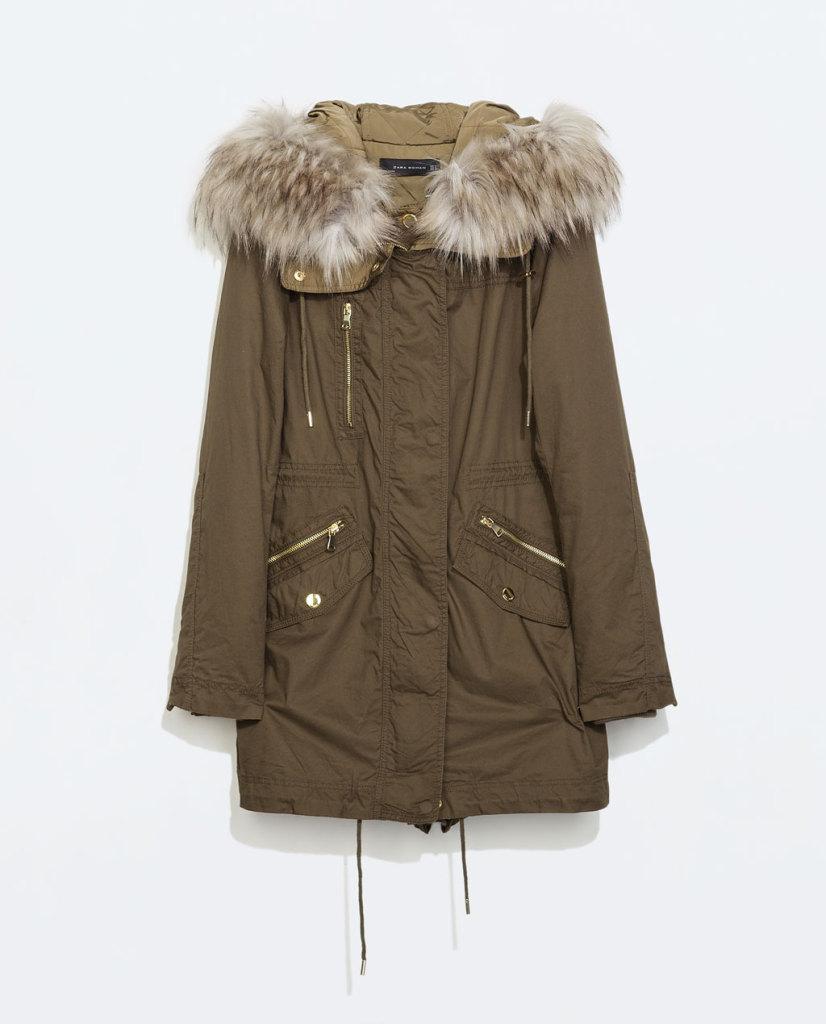 Colore classico e un ricco collo di pelliccia ecologica per il Parka by Zara