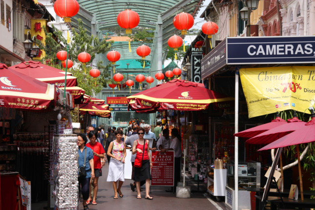 Shopping a Chinatown