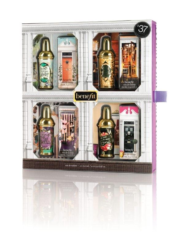 La confezione di Crescent Row by Benefit con le quattro fragranze del marchio: Lee Lee, Gina, Bella e Notte. Prezzo 37,00 euro