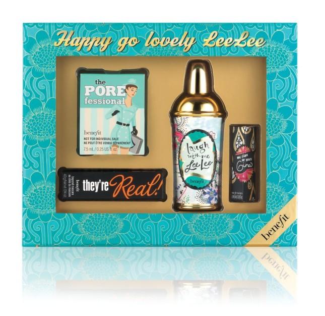 Happy Go Lovely Lee Lee, confezione contenente la fragranza di Benefit e PORefessional. Prezzo 46,00 euro