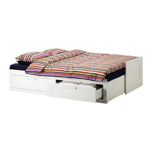 Daybed Ikea, modello Brimnes aperto