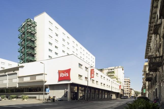 ibis Milano Centro si trova in una traversa di Viale Tunisia, a pochi passi dalla metropolitana rossa Porta Venezia