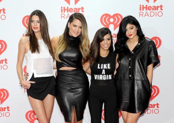Kendall Jenner, Khloe Kardashian, Kourtney Kardashian e Kylie Jenner all'iHeartRadio Music Festival