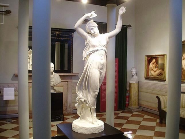 La danzatrice con i cembali