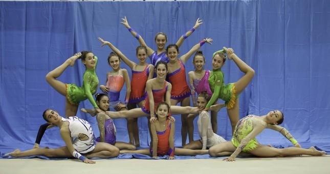 Il gruppo agonistica di Ginnika 2001. Per loro dai 4 ai 5 allenamenti alla settimana