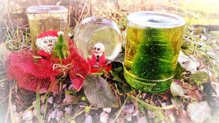 Palle di vetro con glitter e paillette al posto della neve quest'anno: persino la natura si tinge di glamour!
