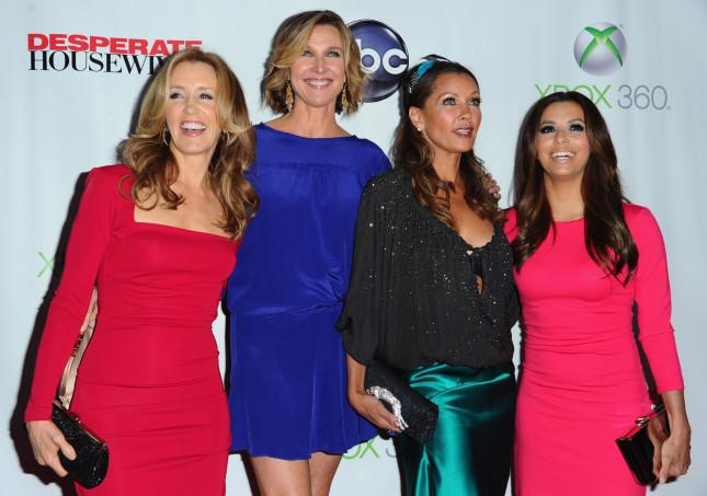 Eva Longoria con il cast di Desperate Housewives