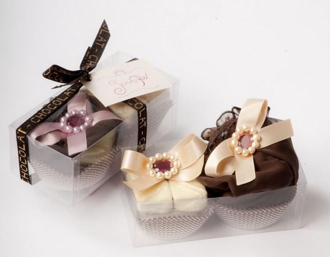 Confezione speciale San Valentino Jennipie: una culotte pasticcino e quattro cioccolatini
