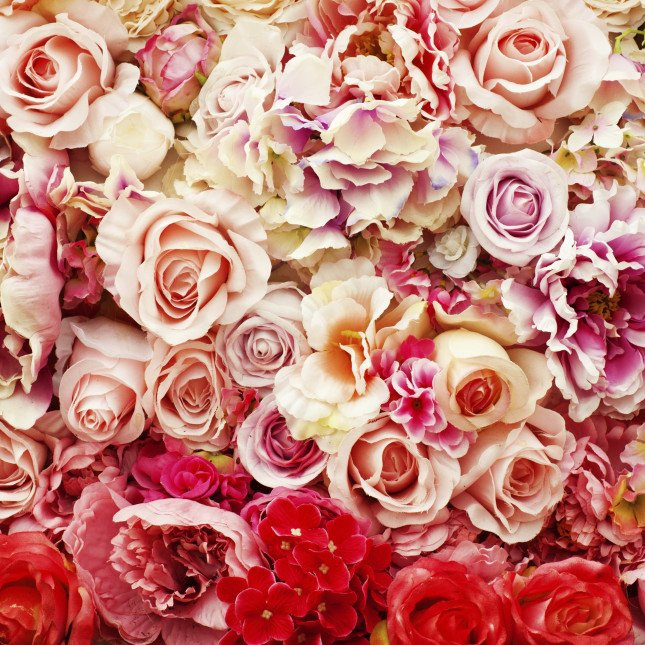 Usate tonalità di rosa e rossi differenti per creare un matrimonio unico!
