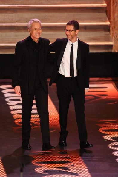 Claudio Baglioni sul palco insieme a Fabio Fazio