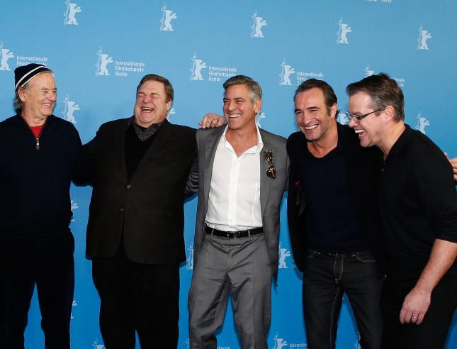 Bill Murray, John Goodman, George Clooney, Jean Dujardin e Matt Damon, incredibile ma vero, sono solo alcuni dei grandi nomi del film