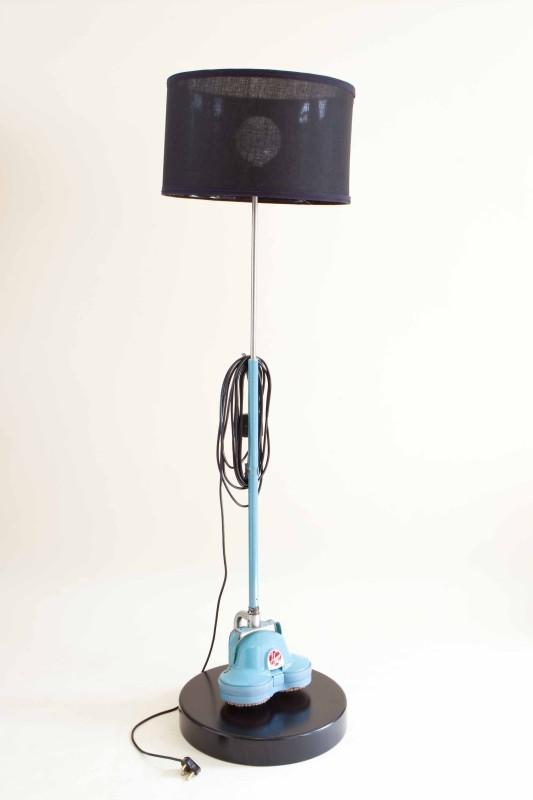 L'aspirapolvere diventa una lampada