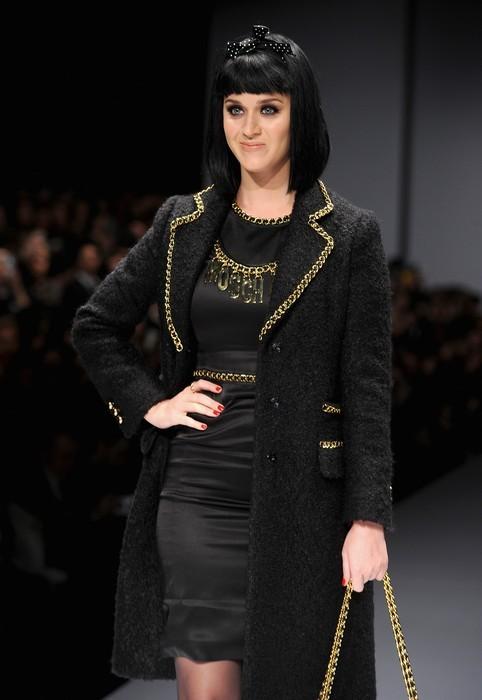 Katy Perry alla sfilata di Moschino, collezione autunno-inverno 2014-2015, MFW