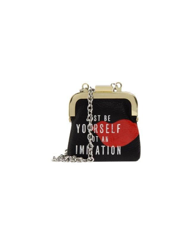 Portamonete in pelle con scritta di Diane Von Furstenberg, disponibile su Yoox