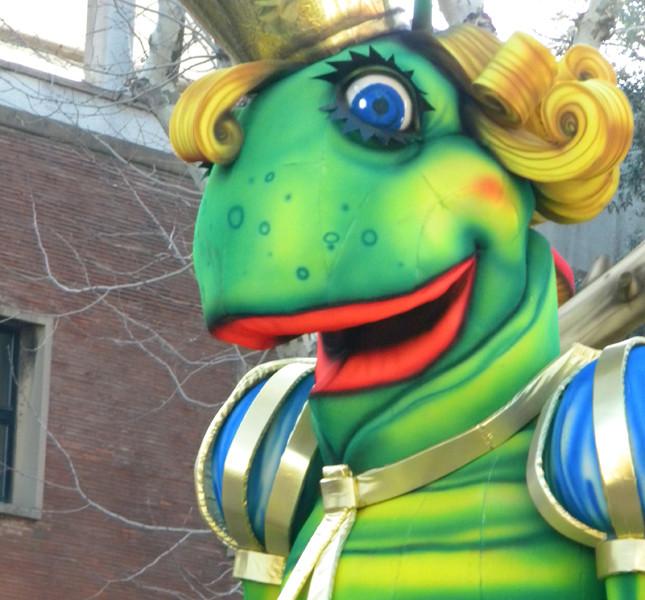 Alcuni carri delle eizioni precedenti del Carnevale di Fano