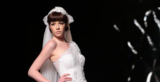 Bridal Collection 2014: sposa con caschetto corto