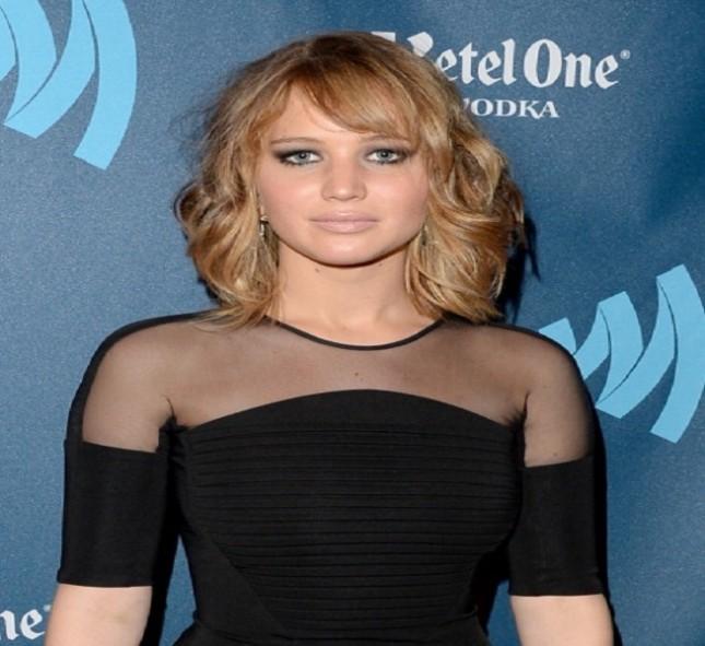 Jennifer Lawrence e il suo carrè con effetto degradè