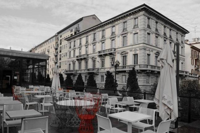 La terrazza dell'Atm Bar di Milano