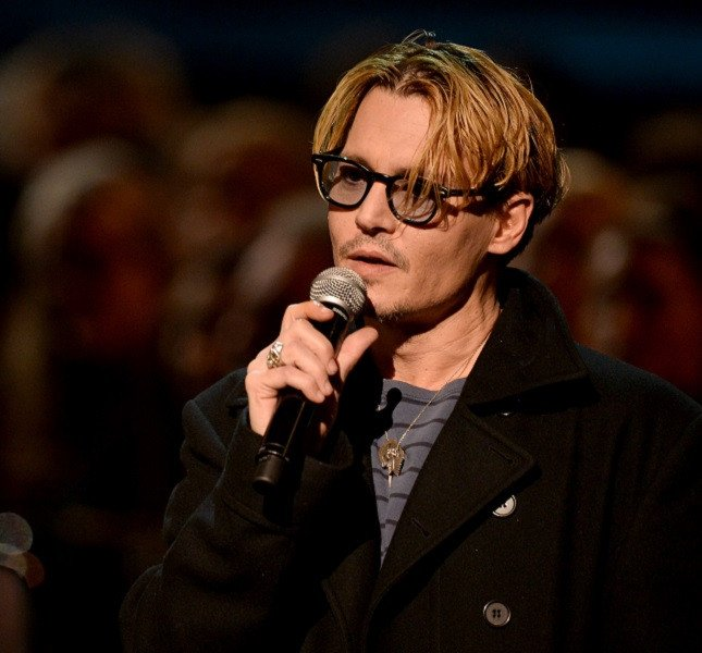 Johnny Deep al Grammy Tribute to the Beatles