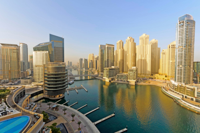 17°: Dubai. Emirati Arabi