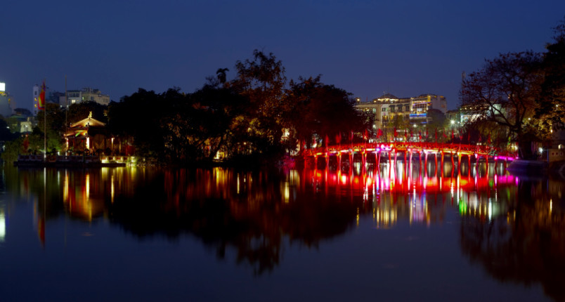 8°: Hanoi, Vietnam