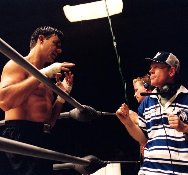 Dal rugby alla boxe per il film Cinderella Man di Ron Howard (nella foto), regista anche di A Beautiful Mind
