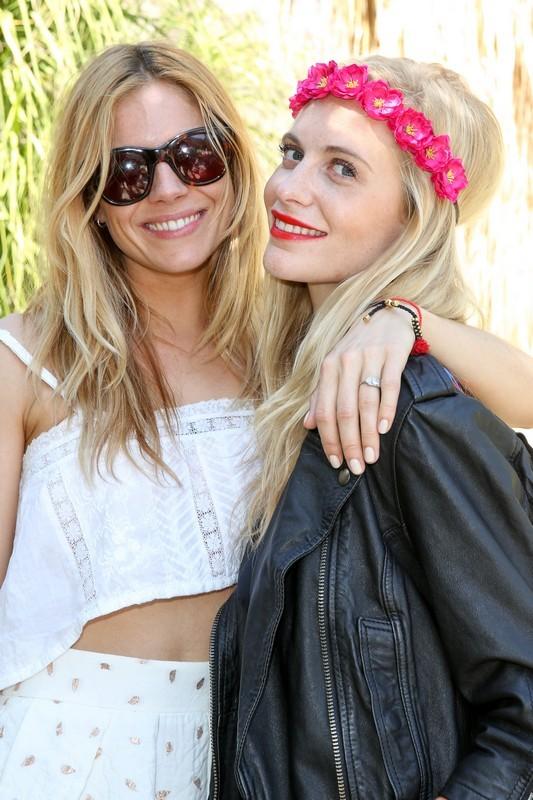 Sienna Miller e Poppy Delevingne