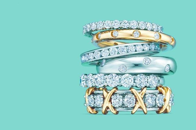 Anelli Tiffany con pietre preziose e diamanti