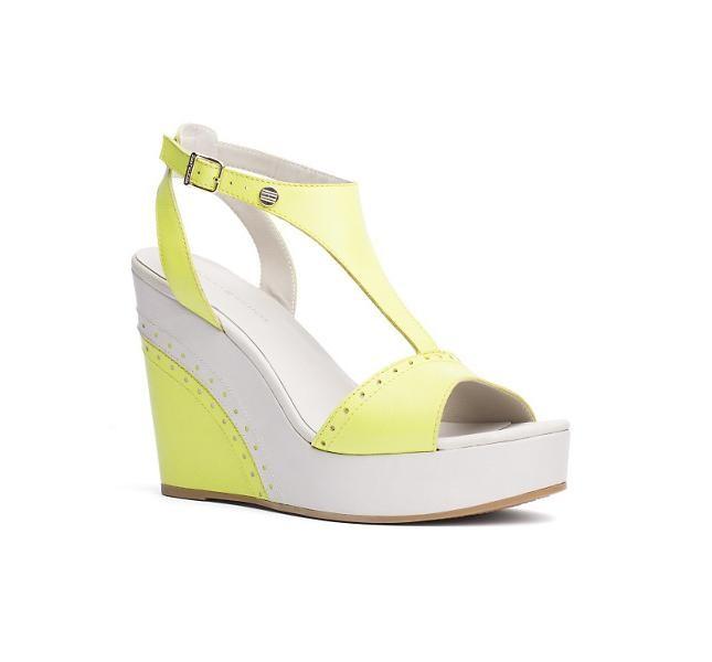 Sandalo giallo fluo con zeppa Tommy Hilfiger , modello Estelle
