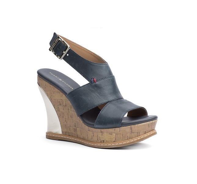 Sandalo  nero con zeppa di Tommy Hilfiger, modello Irene