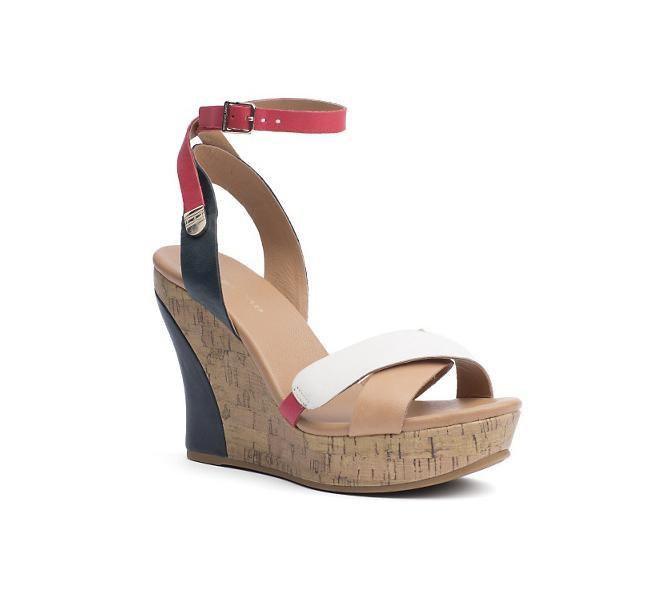 Zeppa Tommy Hilfiger, modello Irene, con fasce incrociate sulla punta e cinturino sottile con fibbia alla caviglia
