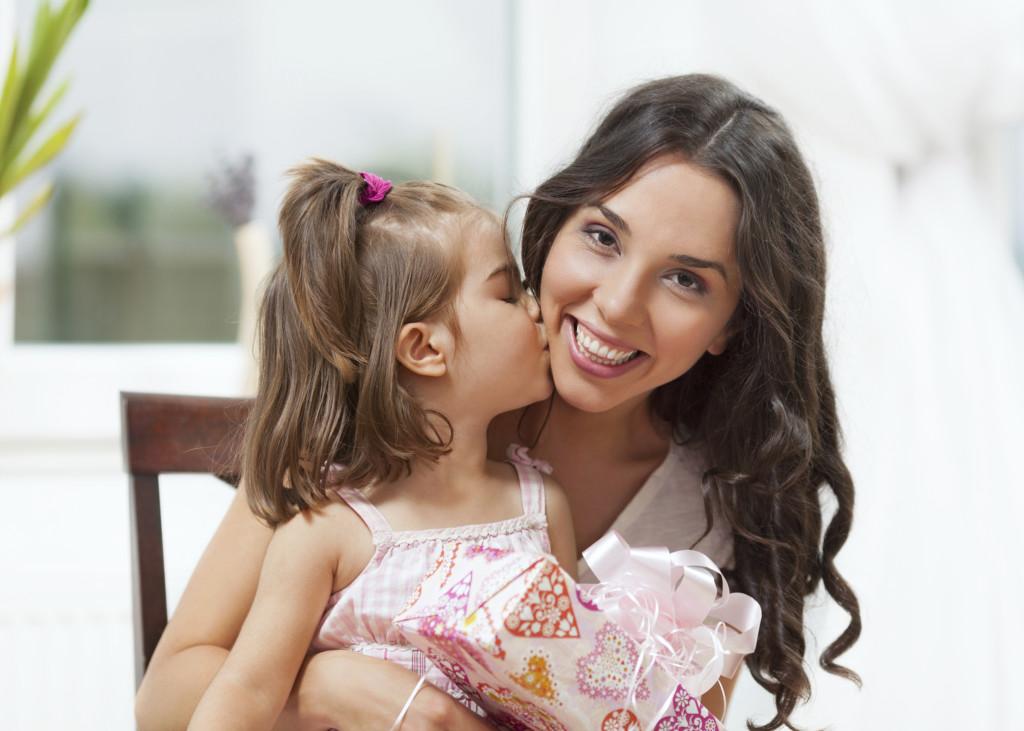 Festa della mamma: le poesie più belle