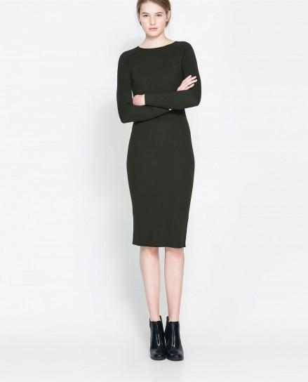 Tubino nero collezione ss2014 Zara con manica lunga ed orlo sotto il ginocchio